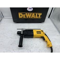 Neuwertig: DeWalt D25003K...